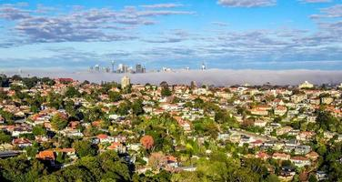 sydney, australië, 2020 - luchtfoto van stadsgebouwen overdag