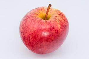 appel op witte achtergrond foto
