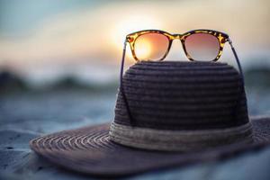 hoed en bril foto
