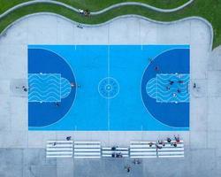 luchtfoto van basketbalveld foto