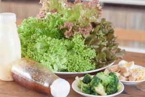 salade op een bord