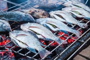 vis op een grill