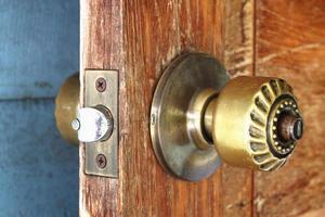 metalen deurklink foto
