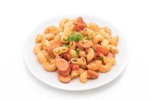 macaroni met worst foto