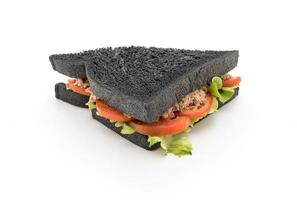 broodje tonijn houtskool