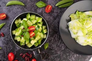 roergebakken komkommers