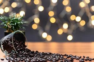 koffiemok op het bureau foto