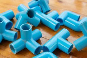 blauwe pvc pijpfitting foto