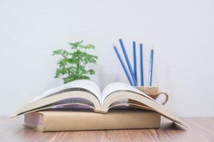 boeken op het bureau foto