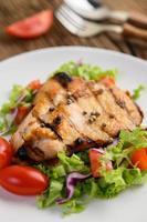 gegrilde kip met salade