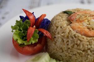 decoratieve garnalen gebakken rijst