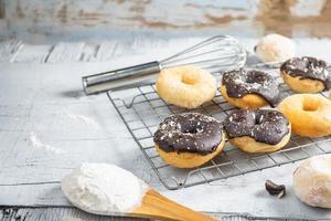 donuts in de keuken foto