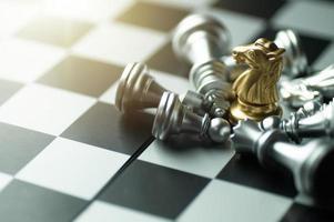 gouden ridder schaakstuk foto