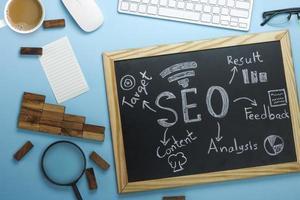 seo zoekmachineoptimalisatie op een bord