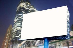 billboard mock-up in de stad foto