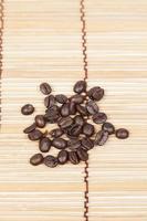 koffiebonen op tafel