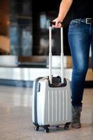 bagage ophalen op de luchthaven foto