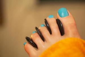 spa-voetbehandeling met massagestenen foto