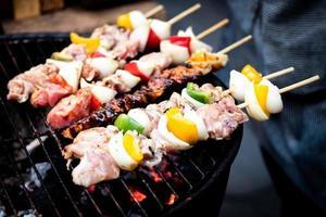 zomer barbecue buitenshuis foto