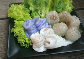 verse dumplings op plaat foto
