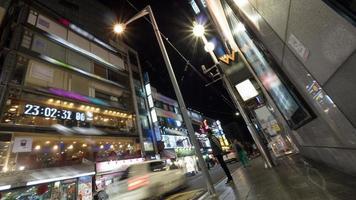 seoel, zuid-korea, 2020 - drukke straat 's nachts foto