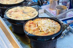 gebakken mosselen straatvoedsel foto
