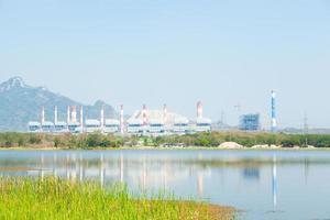 kolengestookte elektriciteitscentrale in thailand foto