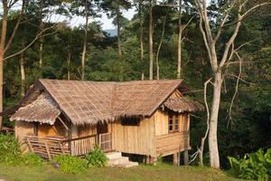 huis op de heuvel in Thailand