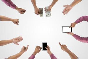 groep business team planning voor een nieuw project geïsoleerd op een witte achtergrond foto