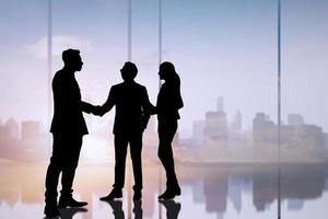silhouet van mensen uit het bedrijfsleven foto