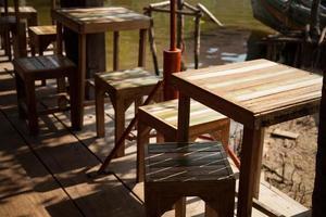 tafels en stoelen foto