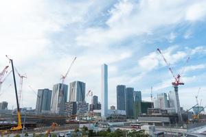 wolkenkrabbers en bouwproject in tokyo, japan foto