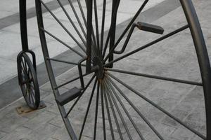 vintage metalen fiets foto