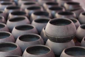 rijen monnikskommen foto
