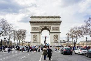 de triomfboog in Parijs, Frankrijk foto