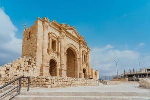 Hadrian's Arch in Jerash, Jordanië, 2018 foto