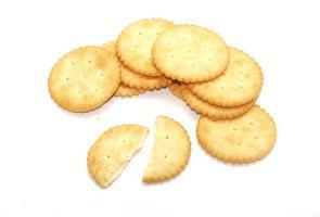crackers geïsoleerd op een witte achtergrond
