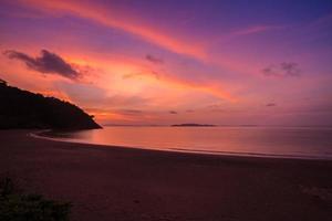 roze en oranje zonsopgang foto