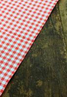 doek op houten tafel