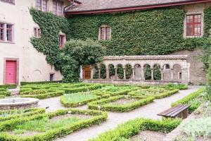 de tuin van de All Saints Abbey in Schaffhausen, Zwitserland foto