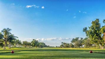 golfbaan tee in florida foto