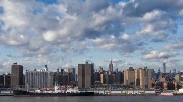 de skyline van New York overdag