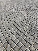 geplaveide in een cirkelvormig patroon