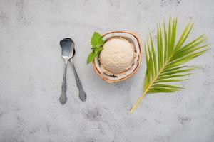 bovenaanzicht van kokosijs foto