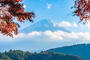 landschap rond mt. fuji in japan in de herfst foto