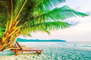 mooi tropisch strand in thailand