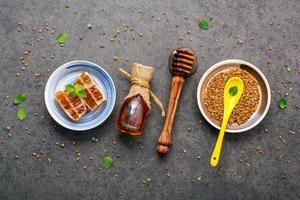 rauwe biologische honing foto