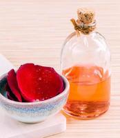 etherische olie van rozen