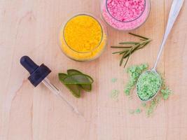 kleurrijke spa-artikelen