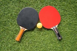 tafeltennis racket en bal foto
